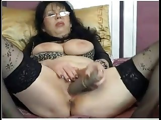 Mature whit toy nr33