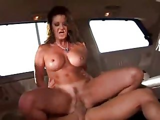 Loud mouth milf slammed in the minivan