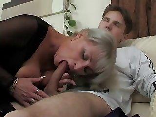 MILF Elena