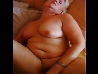 Chubby german mature masturbates