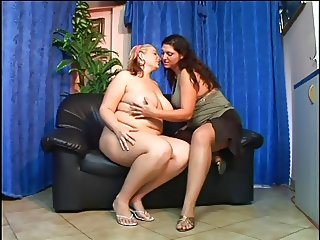 two plump lesbians 2