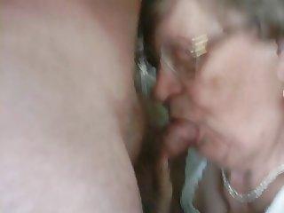 Real Granny sucks Spy cam