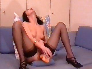 Marta Pusa,Marta trainiert ihr Nuttenloch