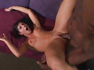 Milf in orgasm 1