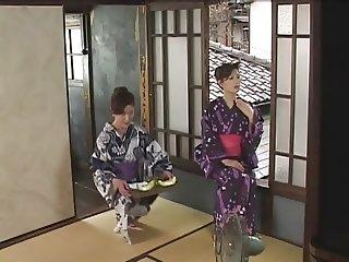 Mature Lesbian Loving (Japanese)