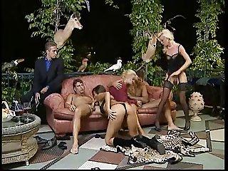 Bea Dumas v Karen Lancaume Orgy..