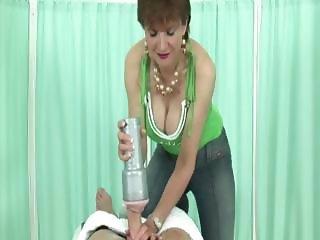 Fetish mature Lady Sonia gets a cumshot