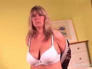 Aroused blonde mature hottie masturbating with vibrator