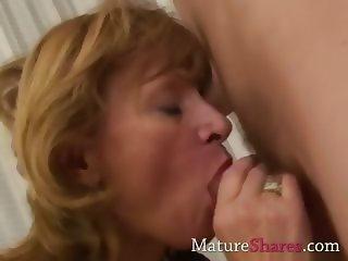 Deep throat sexy granny