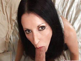 Foxy Anya blows cock