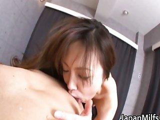Aiko Hirose Asian MILF fucking