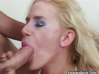Blonde get double penetration